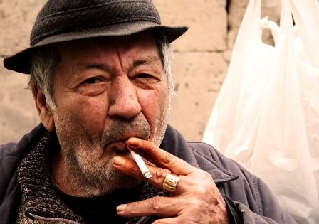merokok membunuh 981
