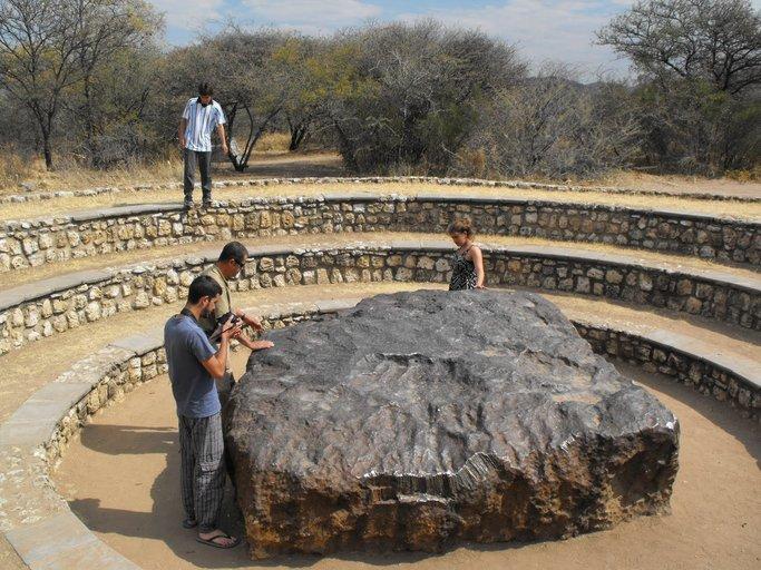 meteorit hoba meteorit paling besar pernah mendarat di bumi 0