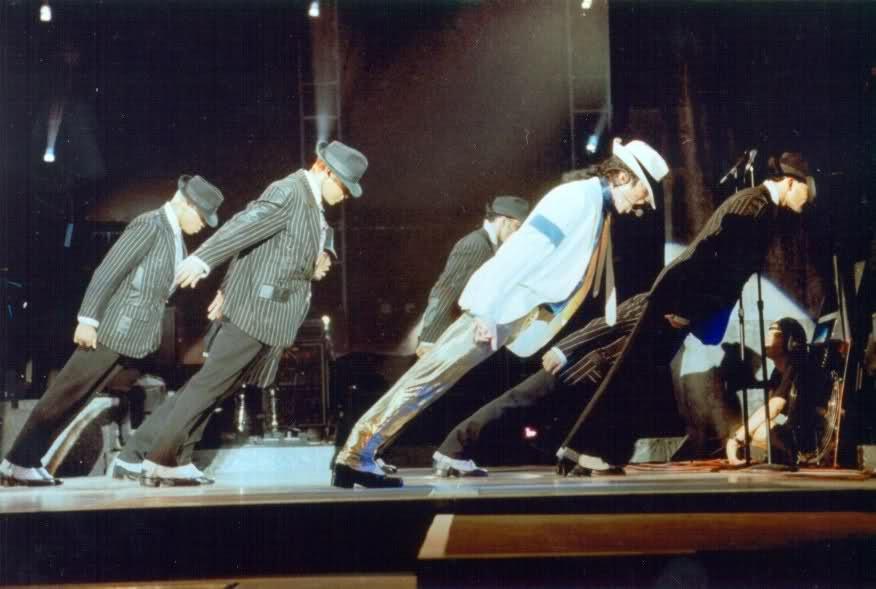 Rahsia Sebenar Michael Jackson Mampu Berdiri Pada Kecondongan 45 Darjah