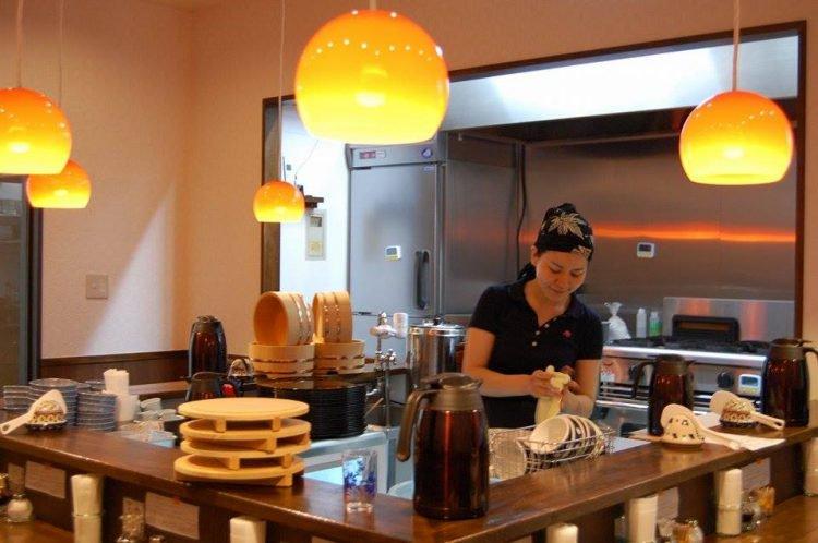mirai shokudo restoran yang boleh pilih nak bayar hidangan atau tolong basuh pinggan