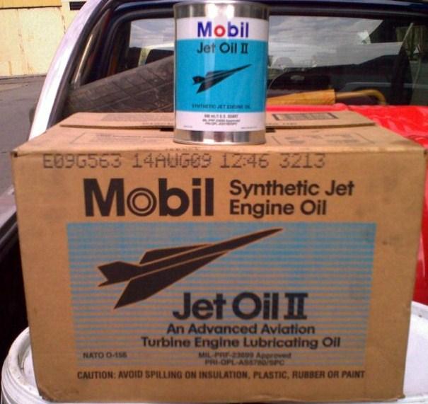 mobil pengeluar minyak enjin jet