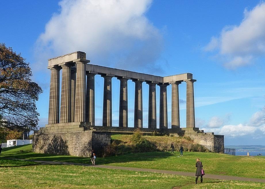 monumen nasional scotland mercu tanda popular dunia yang gagal disiapkan