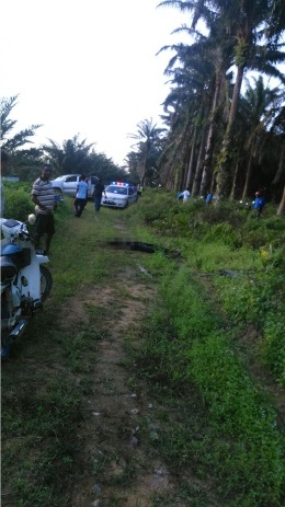 motosikal dan sebilah pisau dijumpai tidak jauh dari tempat mangsa terbaring