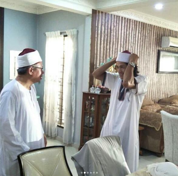 mufti beri iqram dinzly arnab 3