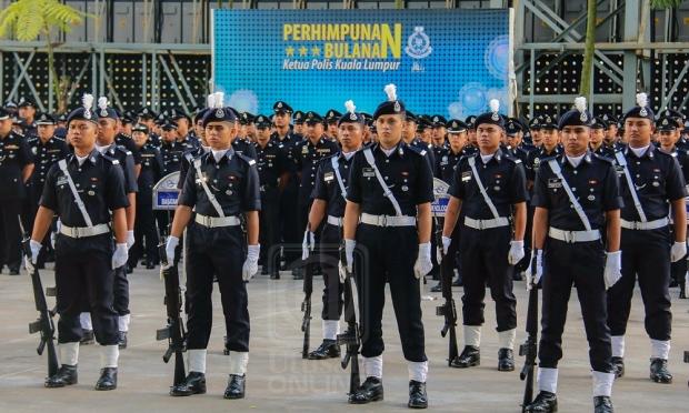 najib umum 4 berita gembira buat pesara polis