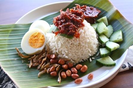 nasi lemak yang menggiurkan