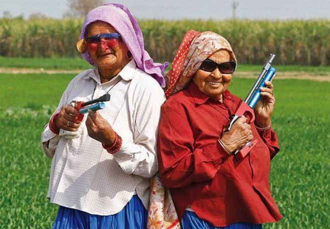 nenek 84 tahun sharpshooter tertua di dunia 2 768