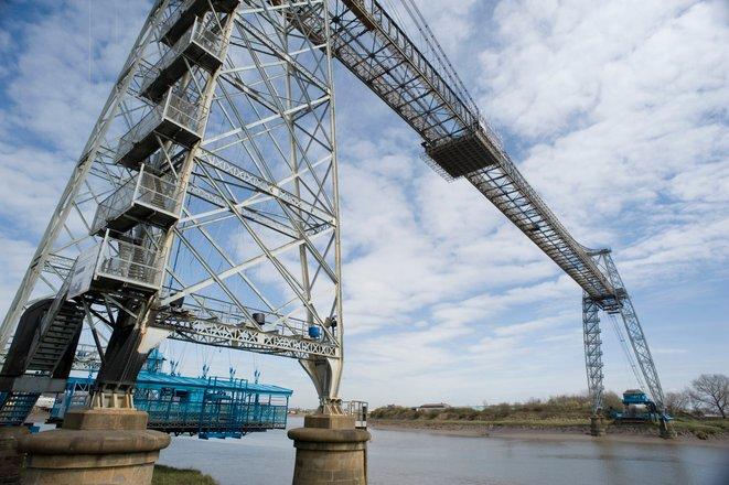 newport transporter bridge jambatan paling pelik di dunia