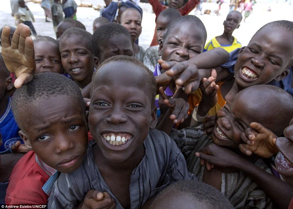 nigeria 10 negara dengan populasi paling pendek di dunia