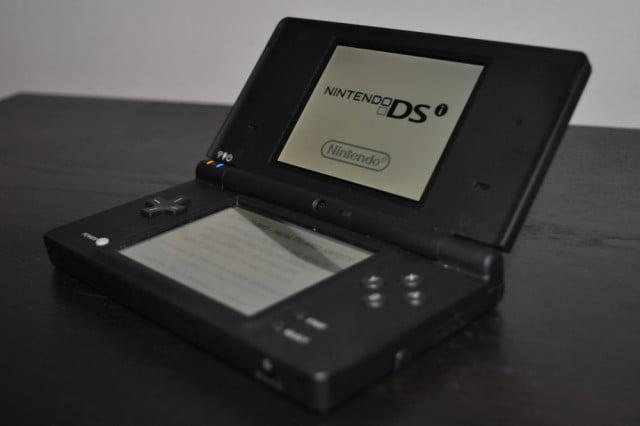 nintendo ds 7 konsol permainan video paling laris di dunia