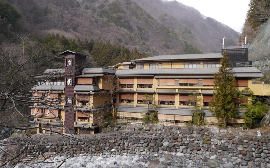 nishiyama onsen keiunkan hotel tertua di dunia