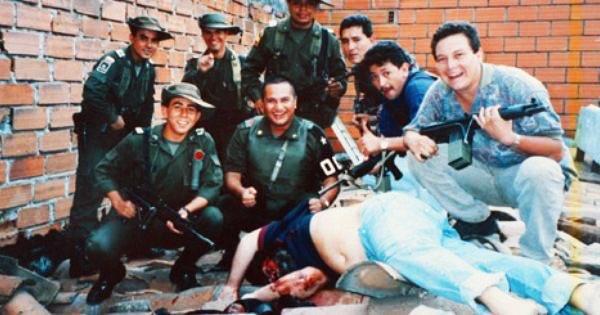 pablo escobar ditembak mati di atas bumbung rumah