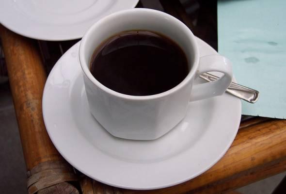 padah kopi pracampuran 2 lelaki dikejarkan ke hospital pulau pinang