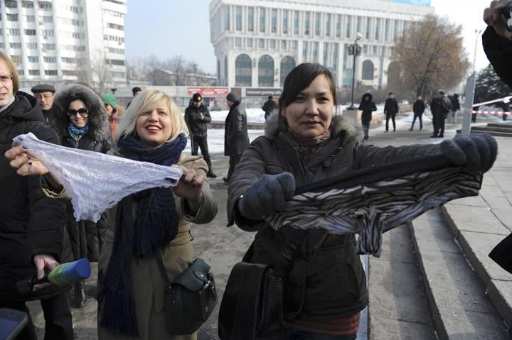 pakaian dalam berenda diharamkan di rusia belarus dan kazakhstan