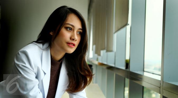 pakar perubatan wanita 32440