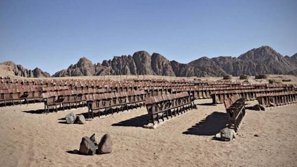 panggung wayang terpencil mesir 10 tempat terbengkalai menakjubkan yang dijumpai dalam google earth 2