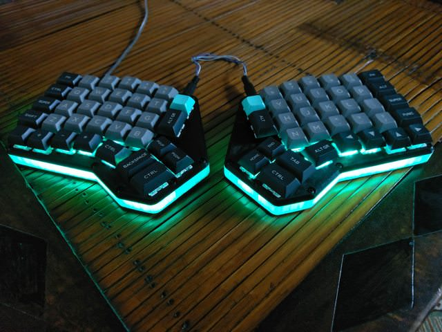 papan kunci killer split keyboard