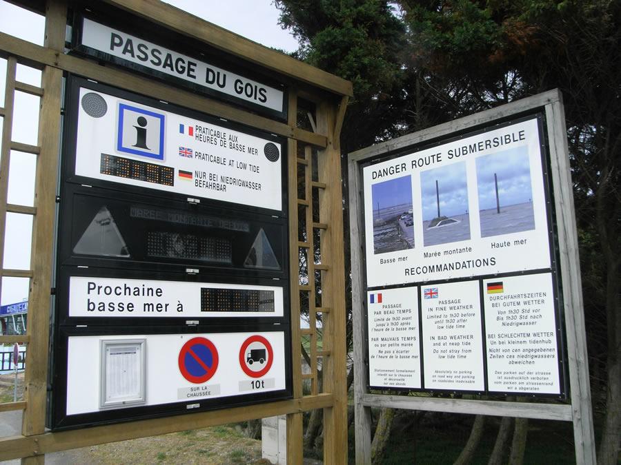 papan tanda passage du gois