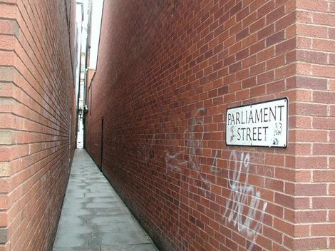 parliament street lorong sempit di dunia