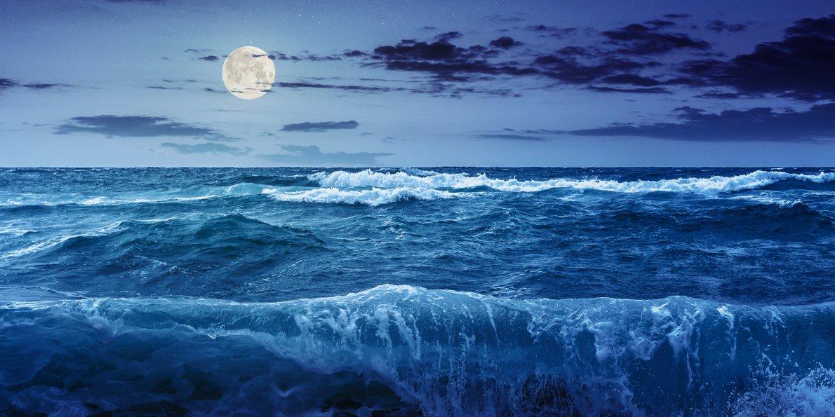 pasang surut air di lautan akan berkurangan