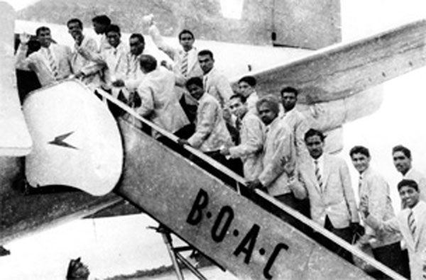 pasukan bola sepak india berangkat ke olimpik