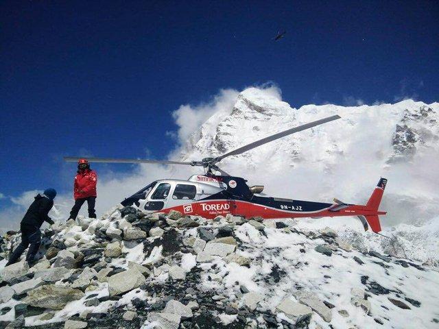 pasukan menyelamat di gunung everest