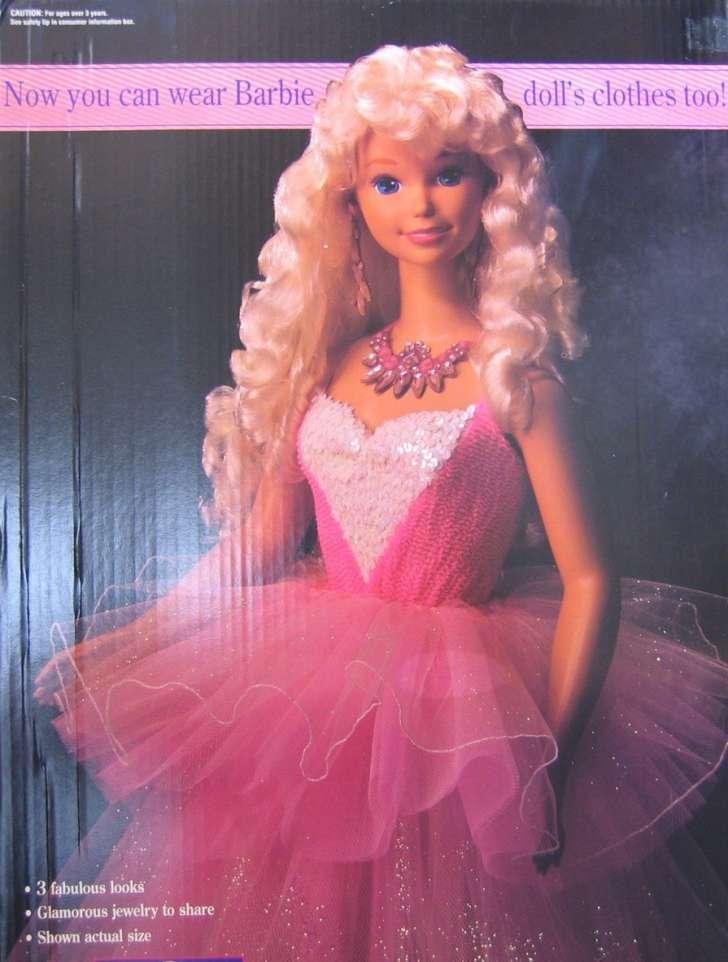 patung barbie paling mahal termahal dalam dunia jual