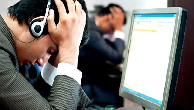 pegawai khidmat pelanggan 7 kerja dengan gaji paling tak setimpal