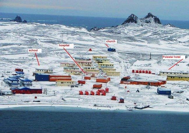 pekan kecil kutub selatan 97