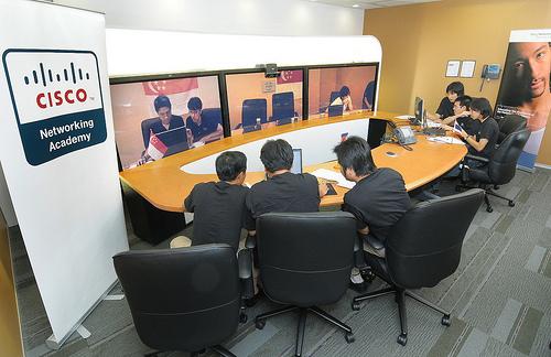 pekerja cisco video konferens