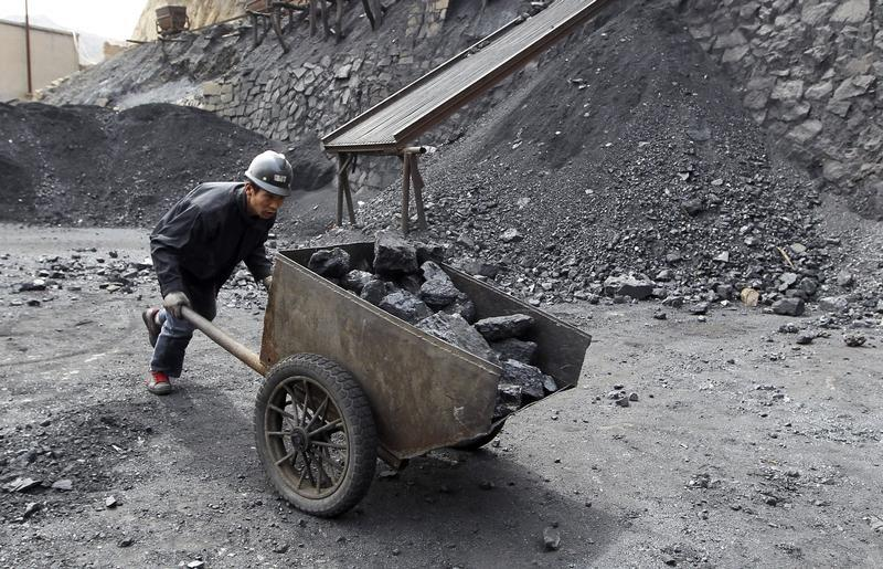 pekerja perlombongan arang batu