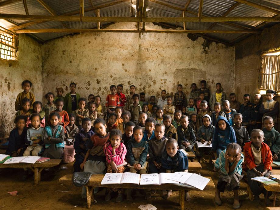 pelajar di gambela elementary school ethiopia