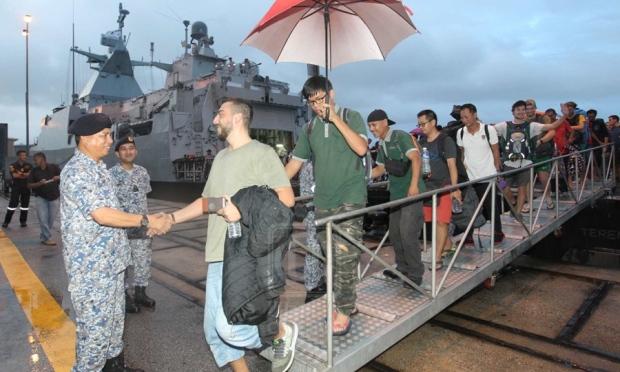 pelancong kongsi pengalaman terkandas di pulau tioman