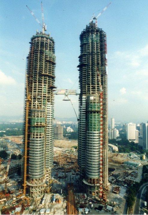 pembinaan klcc mercu tanda popular dunia yang gagal disiapkan