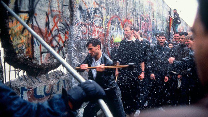 pembinaan tembok berlin sejarah perpecahan jerman barat dan timur sebabkan tembok berlin dibina 5