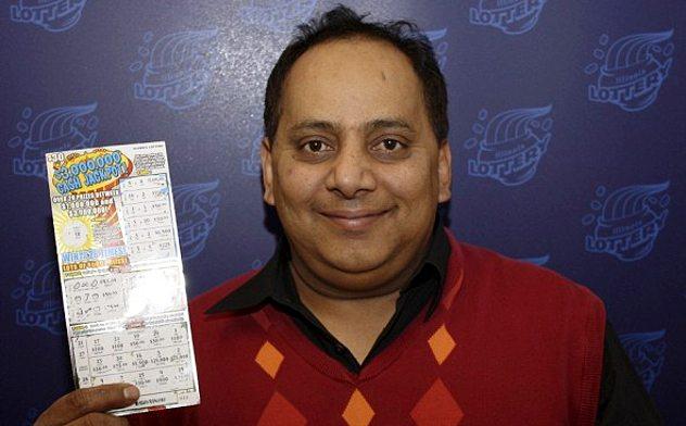 pemenang loteri nombor ekor yang terkena sumpahan urooj khan