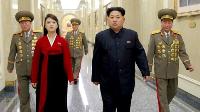 pemimpin korea utara bersama isterinya