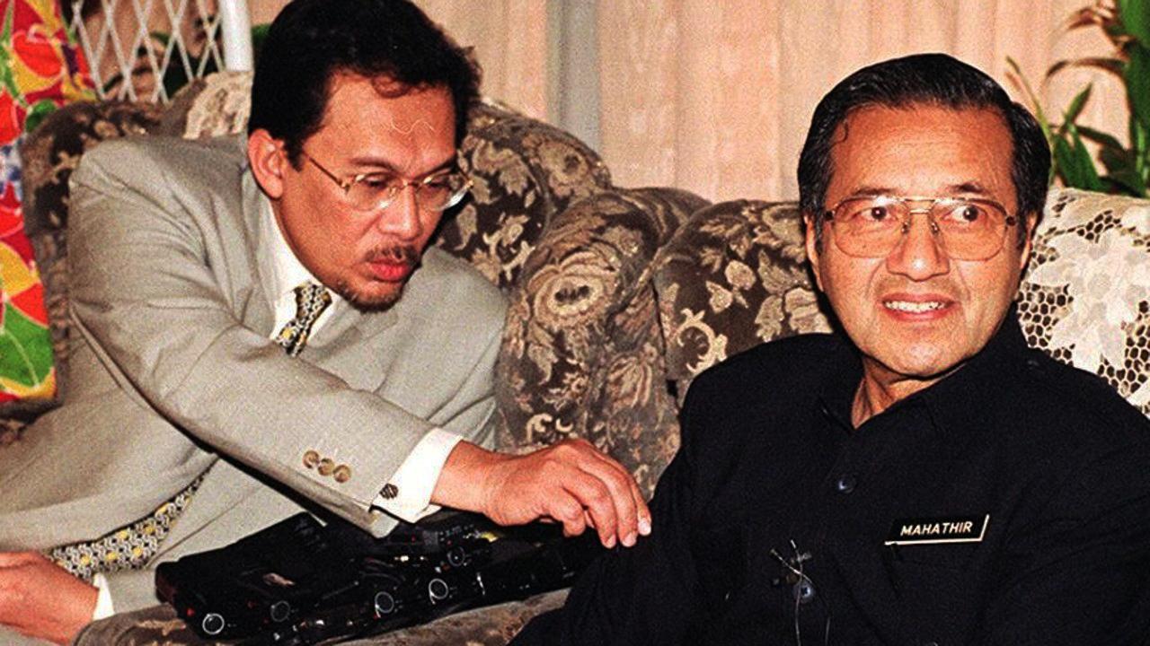 pemimpin malaysia ketika krisis ekonomi asia 1997 1998 22