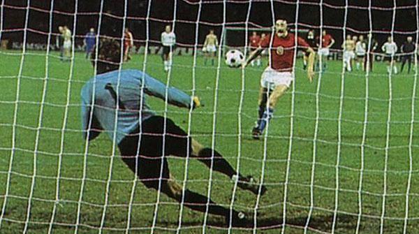 penalti terkenal antonin panenka menentang jerman