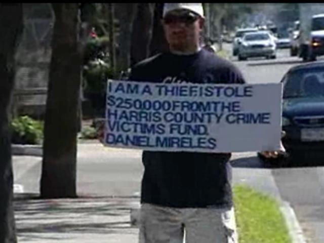pencuri tabung kebajikan dikenakan hukuman kreatif