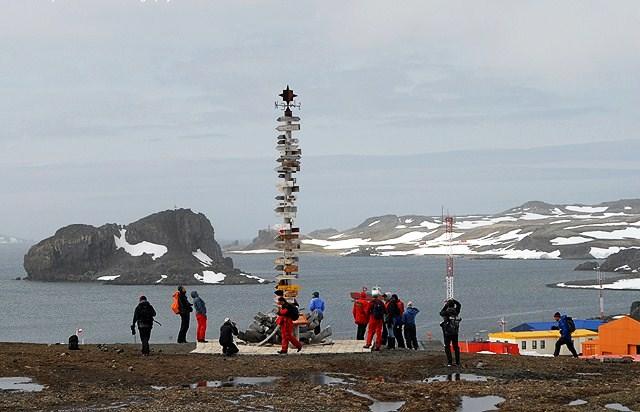 penempatan villas las estrellas kutub selatan antartika