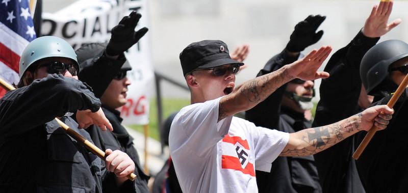 penyokong neo nazi di amerika