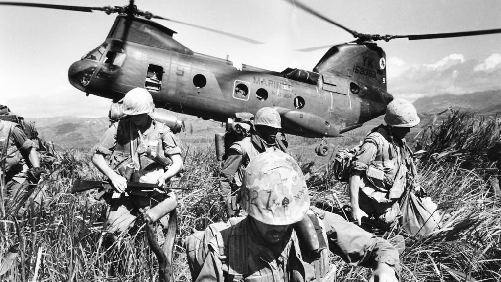 perang vietnam 122