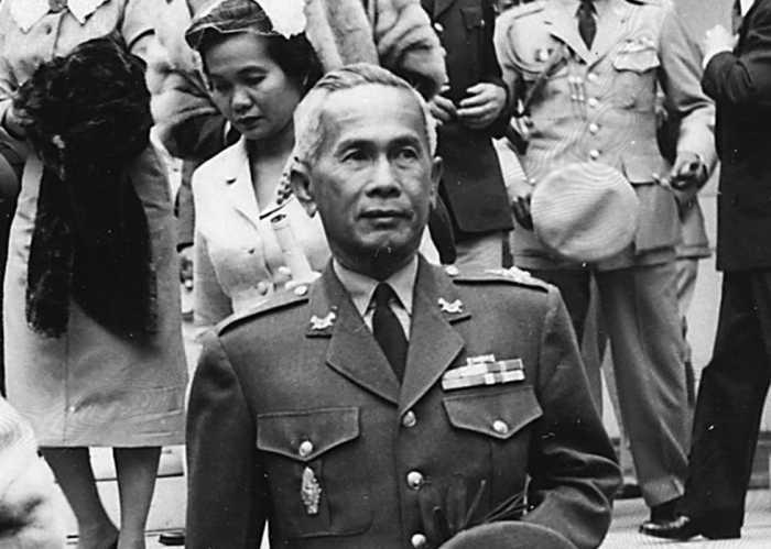 perdana menteri ketiga thailand jeneral tentera