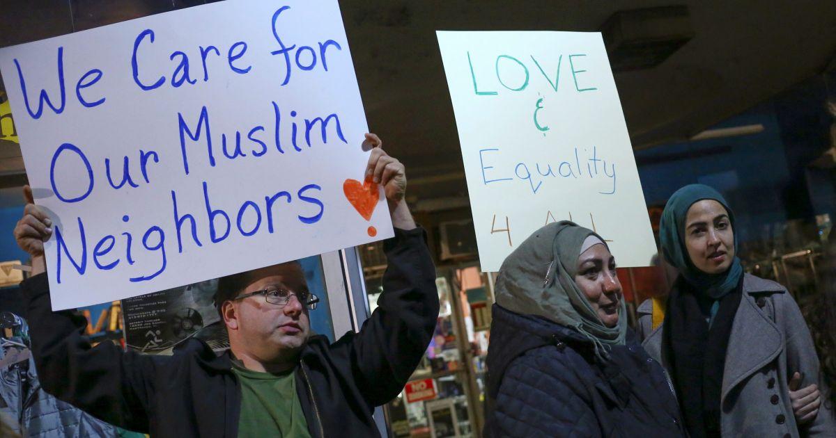 pertembungan agama yang harmoni dan toleransi 992