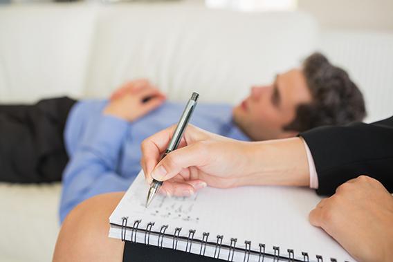 pesakit lebih tenang dan mudah ceritakan pengalaman trauma dengan pengambilan ecstasy