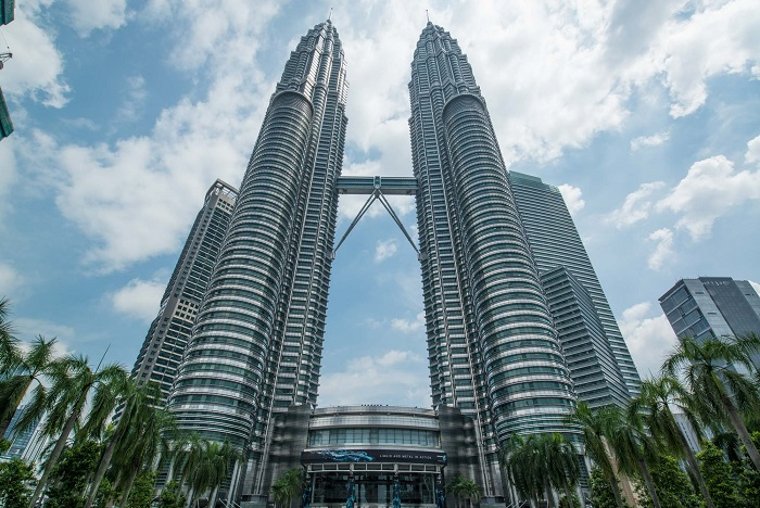 petronas towers 2013 2