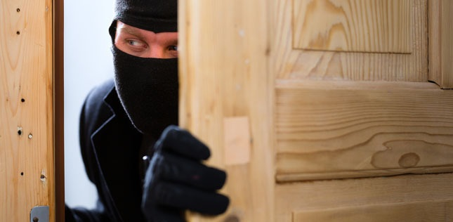 pintu rumah tak berkunci mudahkan kerja pencuri