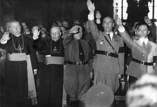 pope bersama tentera nazi
