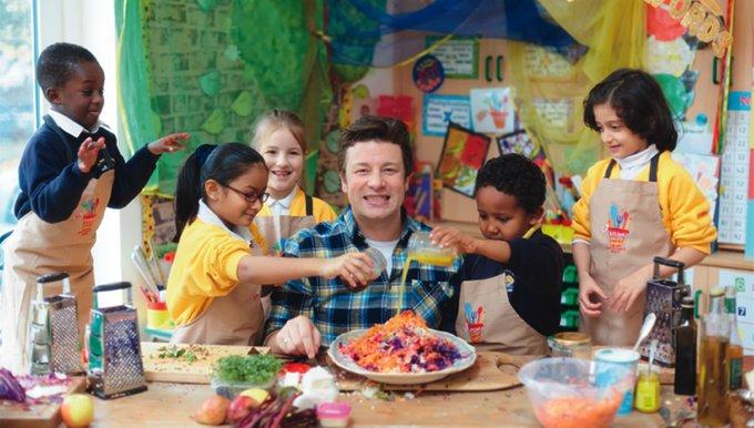 projek kebun dapur jamie oliver di sekolah yang merupakan kurikulum wajib